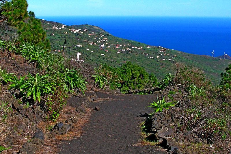 Foto: Auf dem Wanderweg GR130 bei Monte Luna (La Palma)